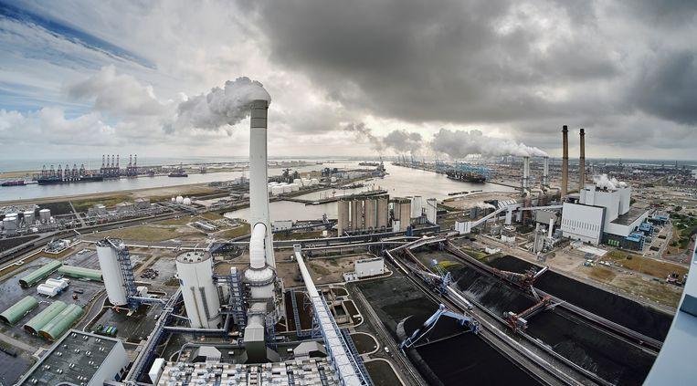 De Elektriciteitscentrale (kolen) van Uniper / EON op de Maasvlakte in de Rotterdamse Haven. Beeld Phil Nijhuis