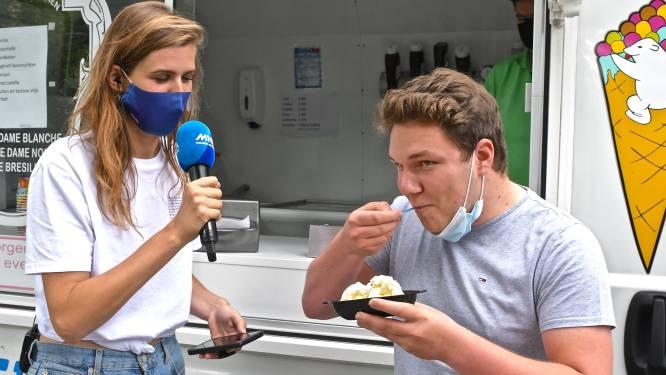 MNM Pauzemobiel verrast Ingelmunsterse studenten op een break, gemeente zorgt voor ijsjes