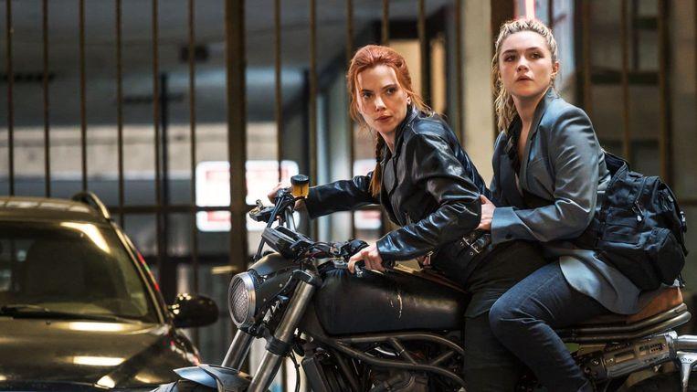 Scarlett Johansson en Florence Pugh in 'Black Widow' Beeld TMDB
