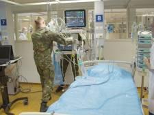 UMC krijgt hulp van honderd militaire artsen op corona-afdeling: 'De nood is hoog'