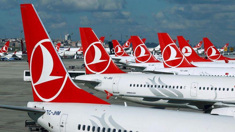 Archiefbeeld: vliegtuigen van Turkish Airlines in Istanboel. Beeld reuters