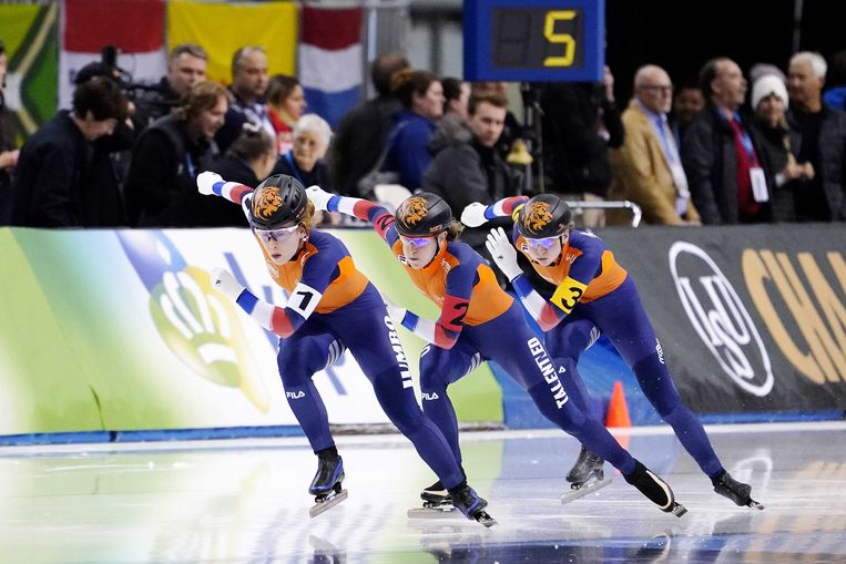 De Nederlandse vrouwen tijdens de rit op de ploegenachtervolging op het WK afstanden in Salt Lake City. Beeld ANP