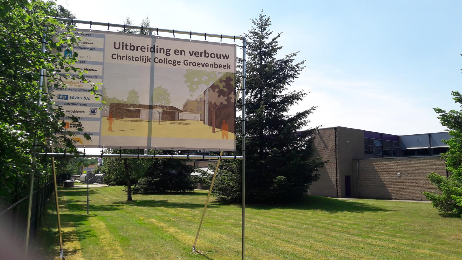 De grote verbouwing van het Christelijk College Groevenbeek gaat beginnen.