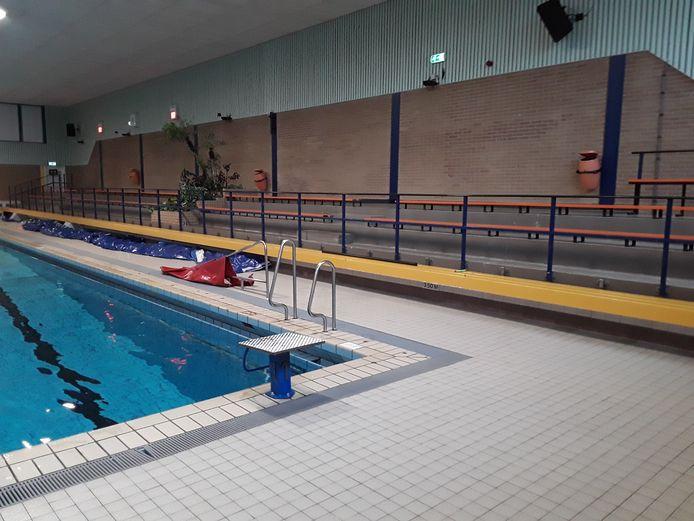 De gemeente Harderwijk verkoopt onderdelen van het oude zwembad De Sypel.