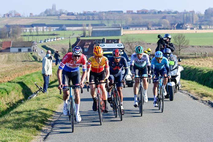 Van der Poel reed in Kuurne-Brussel-Kuurne ruim 85 kilometer in de aanval.