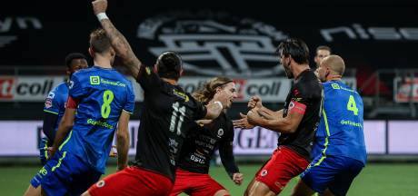 Excelsior-spits Ómarsson is genadeloos voor TOP Oss met hattrick