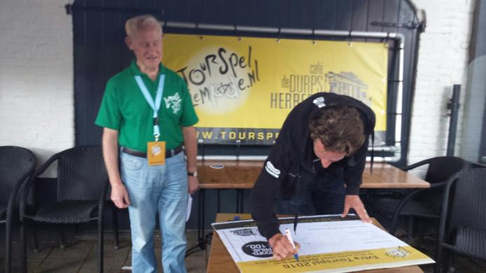 Koen de Kort voorspelt de plek van Tom Dumoulin tijdens de Tour de France.
