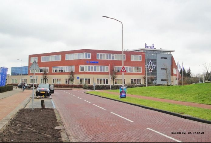 Het pand van Fourstar aan het Anne Frankplein in Rijen wordt gesloopt en vervangen voor 40 appartementen.