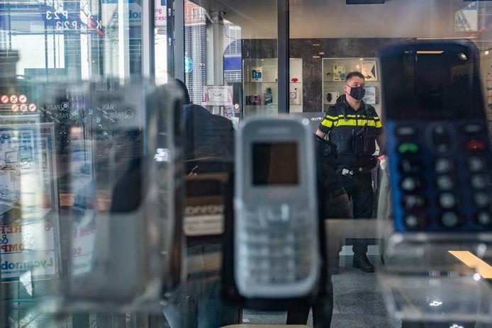 Door speciaal geprepareerde cryptotelefoons aan de onderwereld te verkopen, kon de politie maandenlang meeluisteren met criminelen.