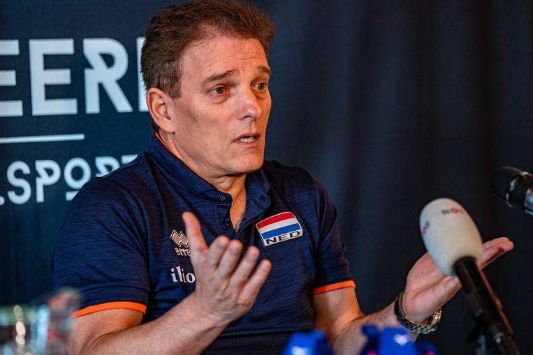 Avital Selinger wordt gepresenteerd als nieuwe bondscoach. Beeld ANP