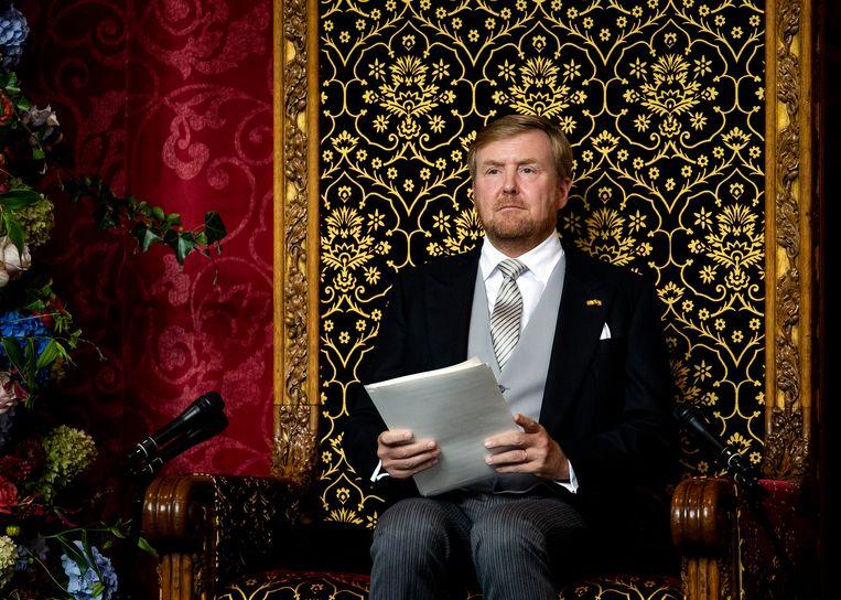 Koning Willem-Alexander draagt de troonrede voor. Beeld ANP