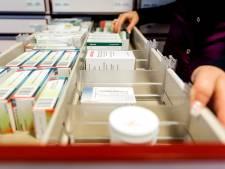 Hoeksche zorginstelling geeft cliënten 'slim medicijndoosje'