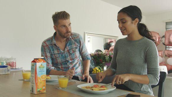 Nora Gharib met Kobe Ilsen in 'Over Eten'