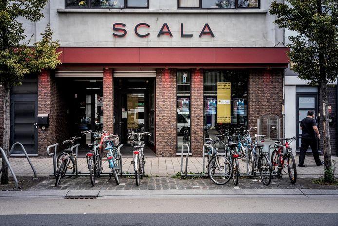 De Scala, een prachtige theaterzaal in de Dampoortbuurt
