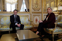 Emmanuel Macron et Marine Le Pen lors d'une réunion en 2019