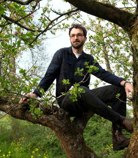 Gerben (29) wil met podcastserie over wandelen 'jongeren motiveren de wandelschoenen aan te trekken'