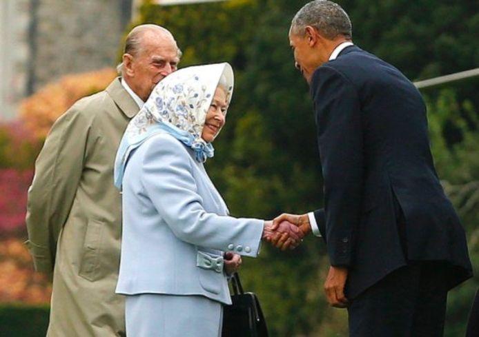 Queen Elizabeth II en prins Philip tijdens een ontmoeting met Barack Obama.