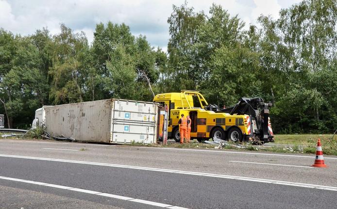 Ongeval met vrachtwagen op A4 bij Bergen op Zoom