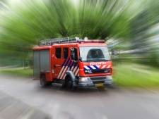 Bedrijfspand volledig verwoest bij zeer grote brand in Volendam