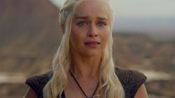 Emilia Clarke heeft spijt van één ding uit 'Game Of Thrones'