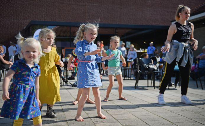 Kinderfestival bij Kulturhoes Haaksbergen, georganiseerd door de Week van de Amateurkunst
