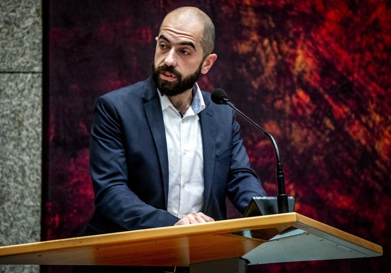 """Cem Lacin, SP-Kamerlid: ,,Het Schiphollen moet nu stoppen."""""""