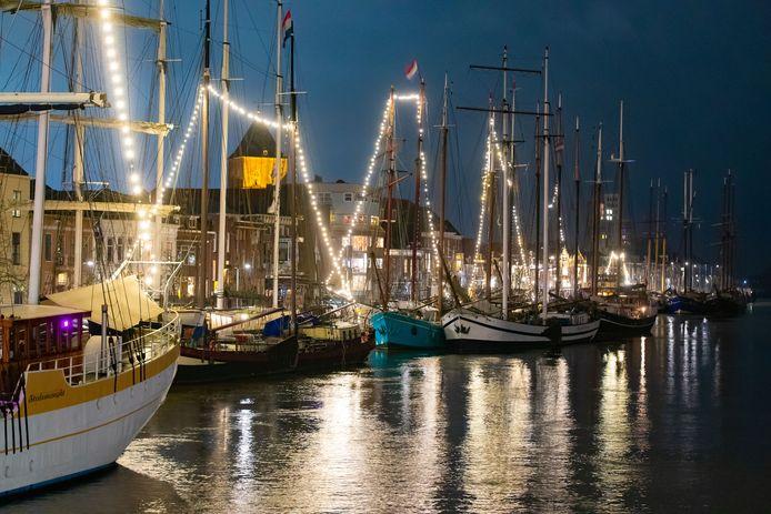 De bruine vloot in de haven van Kampen.