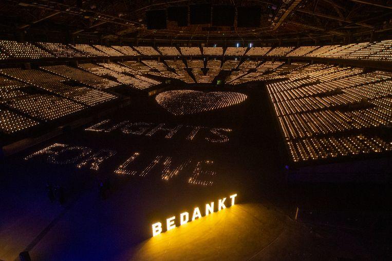 De actie 'Lights for Live' van het Sportpaleis leverde het solidariteitsfonds LIVE2020 maar liefst 50.000 euro op. Beeld BELGA