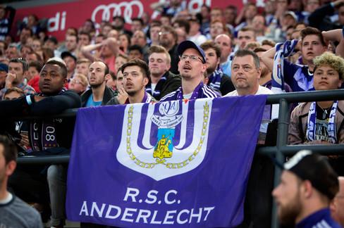 Foto van Het 34e titelfeest barst los bij Anderlecht