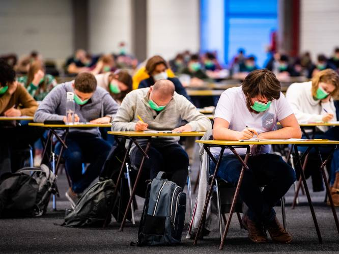 """Commotie over koude temperaturen bij examens UGent kan op weinig bijval rekenen: """"Slechte studenten vinden altijd zwakke excuses"""""""