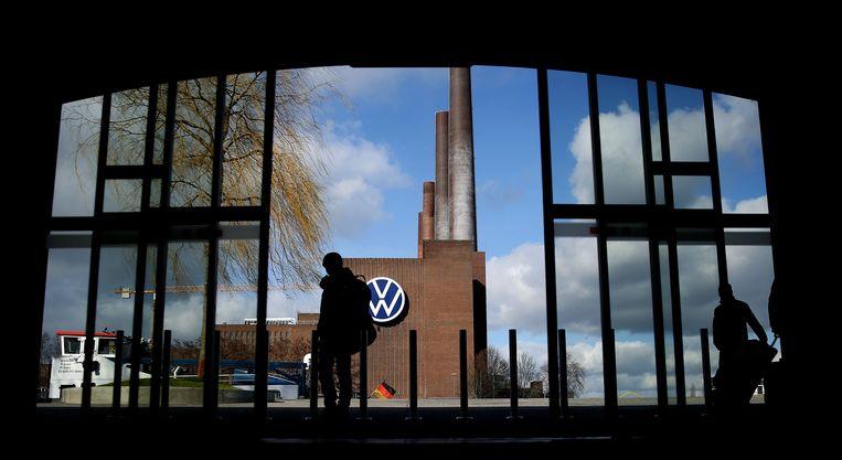 Het hoofdkantoor van Volkswagen in de 'kreisfreie Stadt' Wolfsburg in Duitsland. Beeld AFP