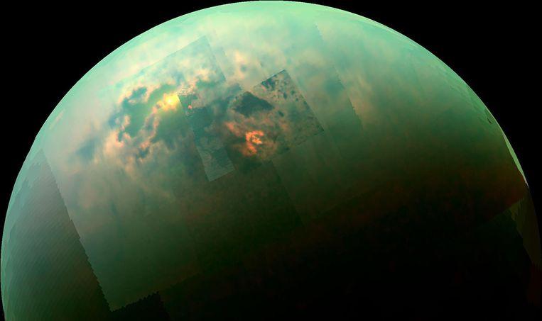 De nieuwe sonde zal Titan, hier op een foto geschoten door ruimtesonde Cassini, in veel meer detail in beeld gaan brengen. Beeld Nasa