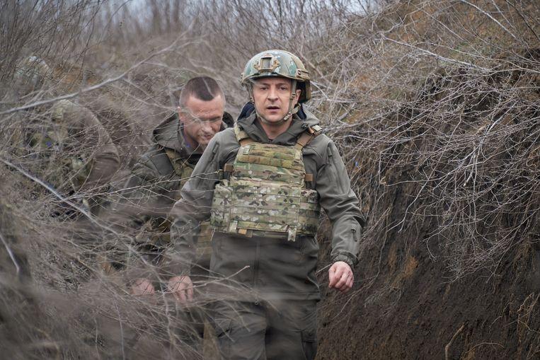 De Oekraïense president Zelenski bezoekt Oost-Oekraïne. Beeld EPA