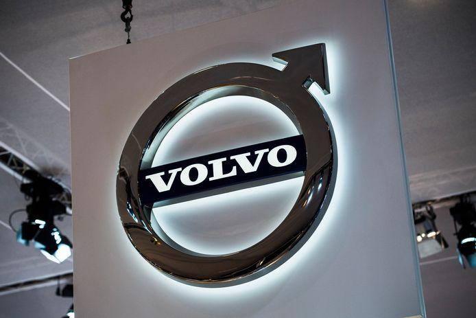 Het logo van Volvo op het autosalon in Brussel in 2019.