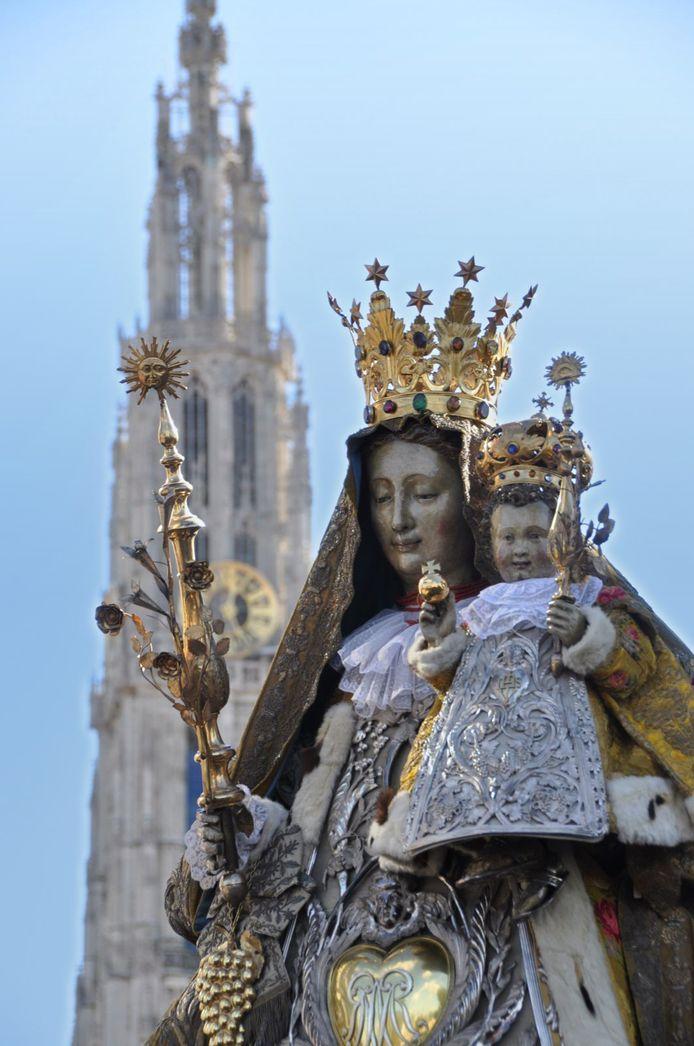 Het Mariabeeld dat levensgroot zal nagemaakt worden