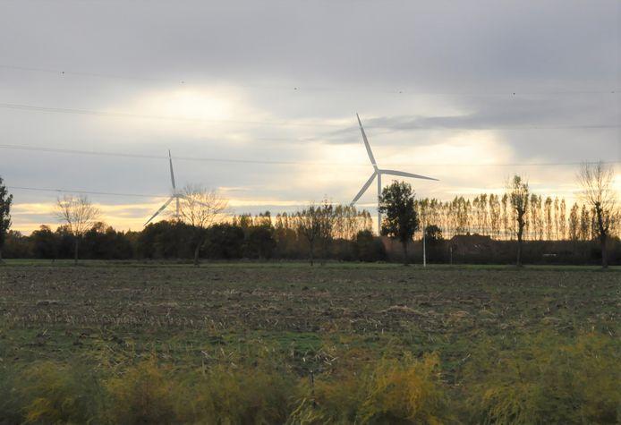 Dit simulatiebeeld geeft een idee van hoe de windmolens aan bedrijvenzone Duwijckpark er zouden gaan uitzien.