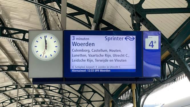 Nieuw snufje op station in Den Bosch: een 'afteller' op het infobord