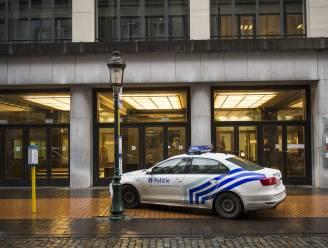 Jambon trekt twee miljoen euro uit voor nieuwe politievoertuigen