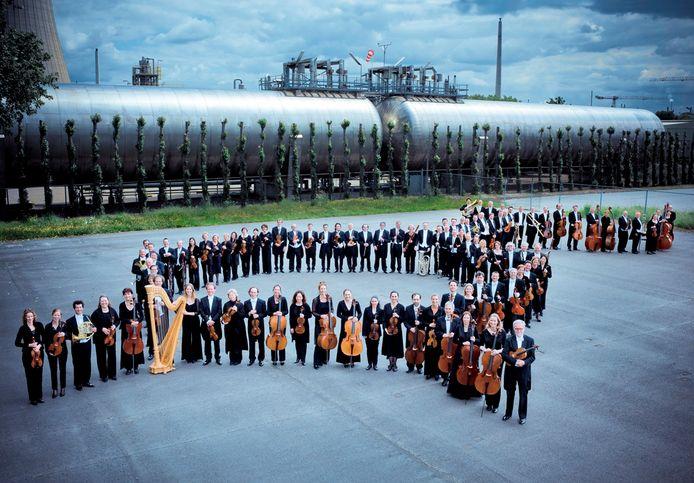 Philharmonie Zuidnederland krijgt in 2018 7,1 miljoen euro van het Rijk, 1,75 miljoen van Limburg en 1,5 miljoen van Brabant.