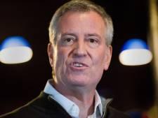 Burgemeester New York onder vuur na meezwaaien met hit R. Kelly