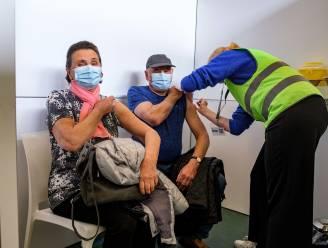 Vlaanderen wil vanaf juni meer dan 750.000 inwoners per week vaccineren, mensen onder de 65 mogen vaccin verwachten vanaf Pinksteren