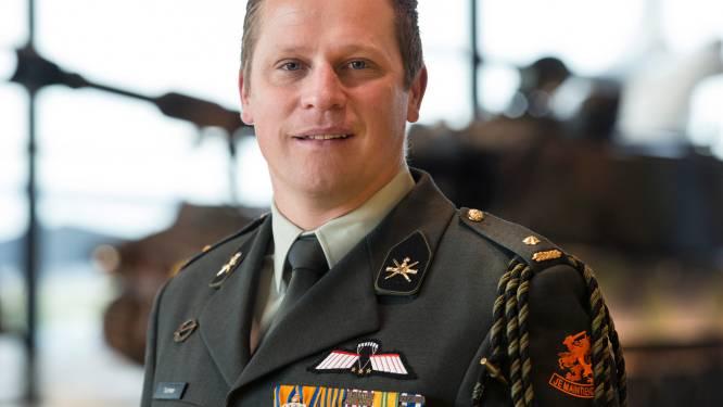 Drager Militaire Willemsorde houdt lezing over oorlogsrecht op Slot Loevestein
