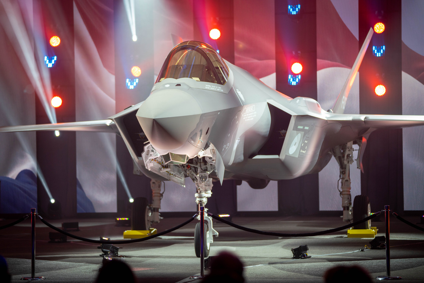 In Forth Worth (Texas USA) rolde woensdag het eerste 'Nederlandse' F35-gevechtstoestel de fabriek uit.