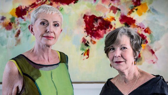 Miriam de Bontridder en Catherina Vasterling begeleiden stellen bij hun doodswens