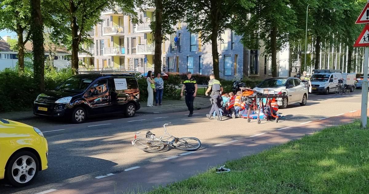 Studente zwaargewond bij aanrijding met auto in Wageningen.