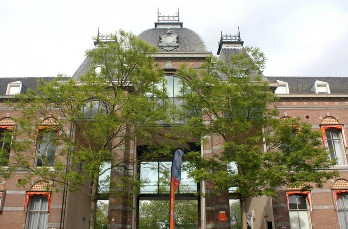 Het Huysmuseum aan het Van Bergenplein.
