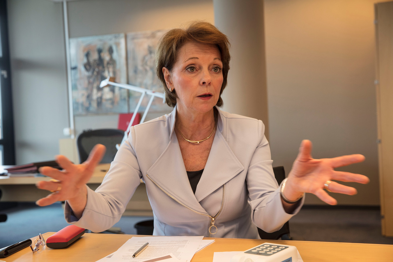 Burgemeester Elly Blanksma van Helmond.