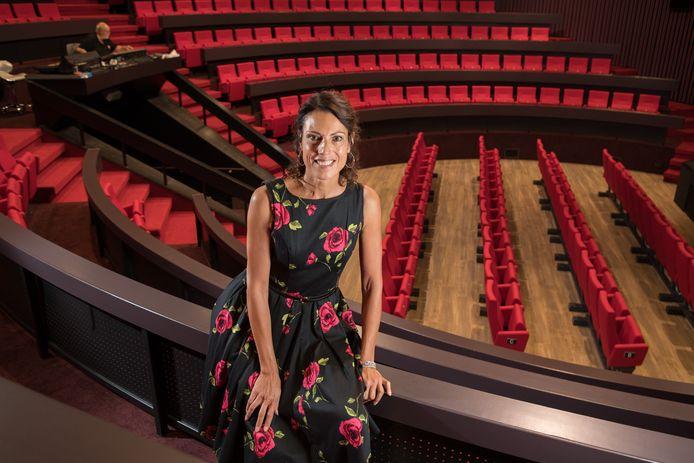 Directrice Roswyde Burgman, van het HOFtheater in Raalte.