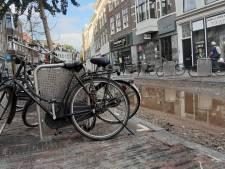 Nieuwe fietsnietjes in de Utrechtse binnenstad onhandig? De raad kan er straks zijn zegje over doen