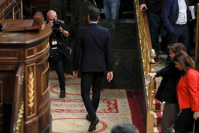 Sánchez moest deze week afdruipen in het parlement nadat zijn begroting verworpen werd. Beeld EPA